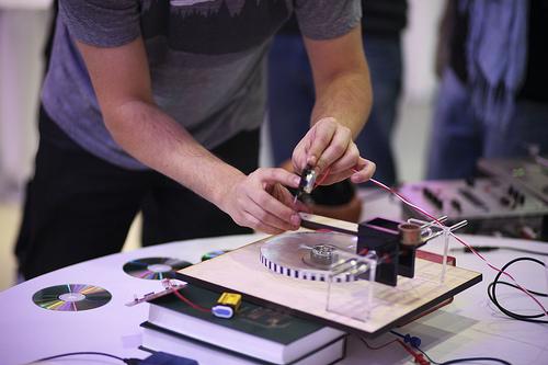 Make Vinyl Record Cutter 13