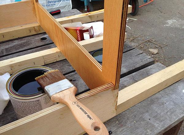 Kết quả hình ảnh cho varnish the plywood
