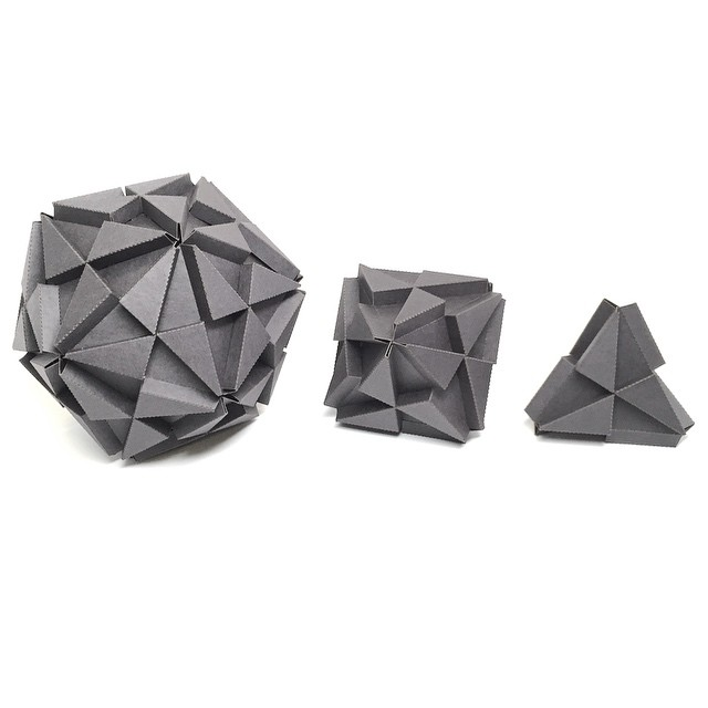 3 of the 5 platonic solids. 4 faces, 8 face, 20 faces. All can connect to each other since they all have the same trox interface.